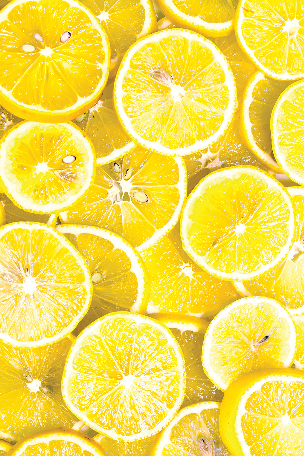 Photo of a pile of yellow lemon slices